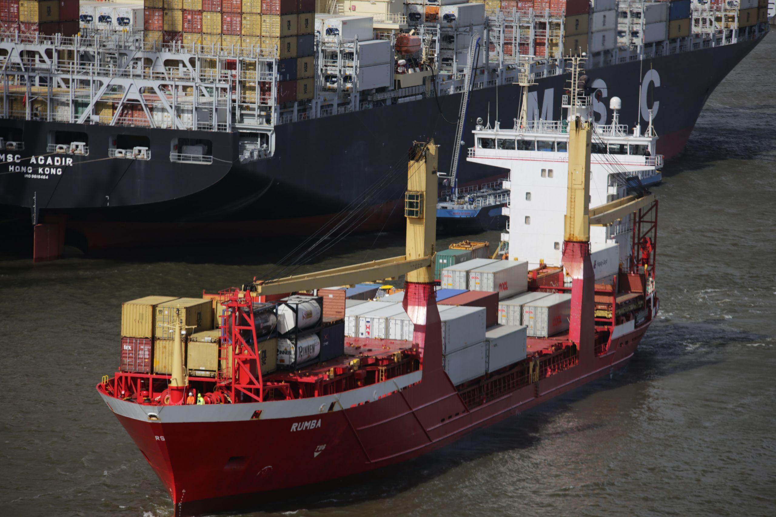 shipping from korea to malaysia